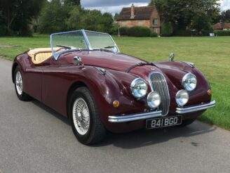Jaguar XK120 Roadster by Nostalgia