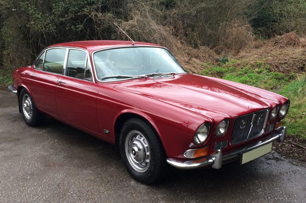 1972 Jaguar XJ12L Series 1
